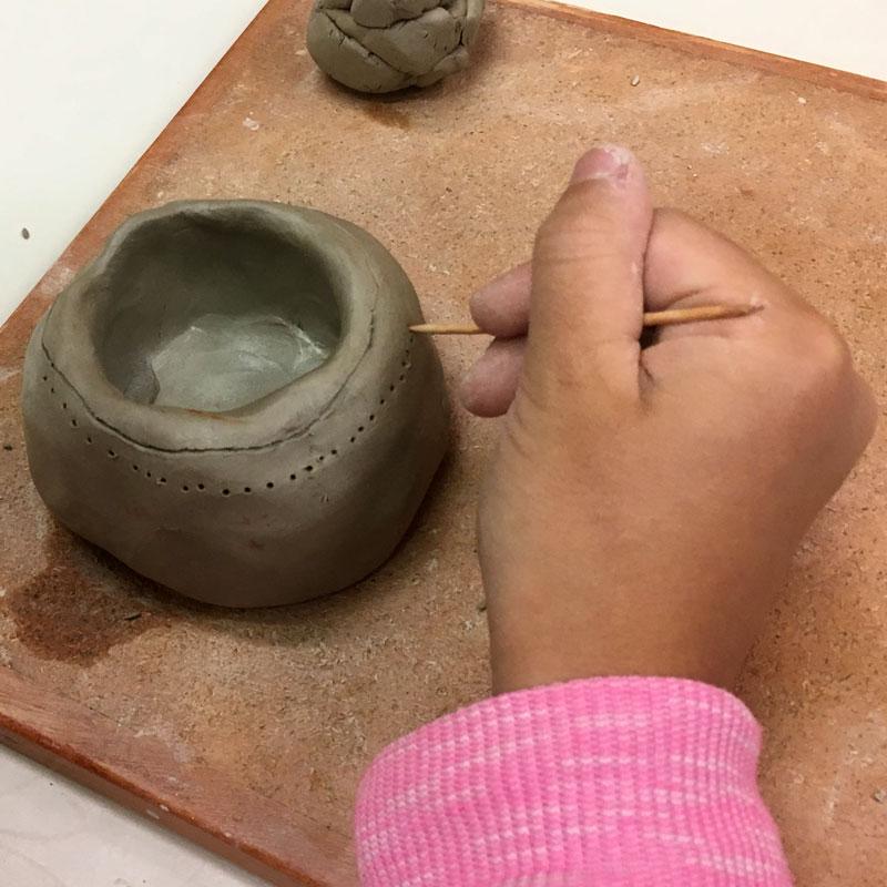 Atelier Utilisation de l'argile au Néolithique