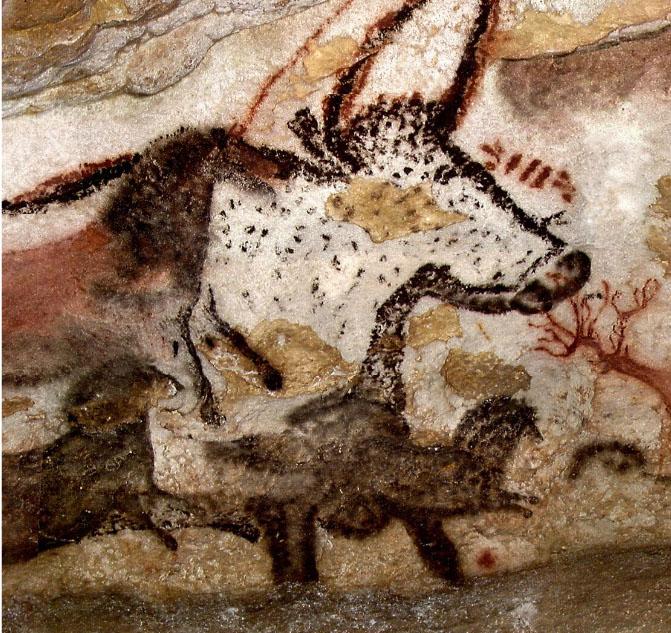 Premier grand taureau - Panneau de la Licorne, paroi gauche, salle des Taureaux.