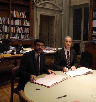 Hilaire Multon et Philippe Cavalier signent la convention MAE-MAN